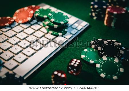 online · póker · hazárdjáték · kártyák · pénz · laptop - stock fotó © jirkaejc