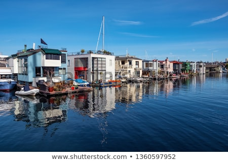 Houseboats on Lake Union in Seattle Stock photo © HdcPhoto