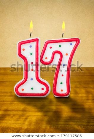 Ardor velas de cumpleaños número 17 madera signo Foto stock © Zerbor