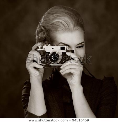 Stockfoto: Mooie · dame · retro · foto · camera · jonge · vrouw