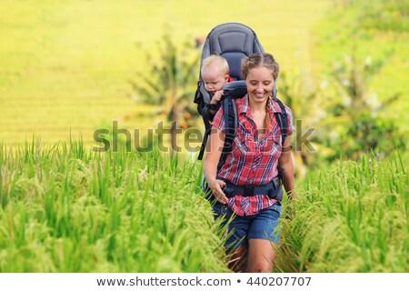Człowiek Hill ścieżka baby niebo Zdjęcia stock © IS2