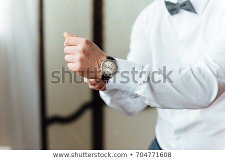 noivo · elegante · ver · banda · pulso · negócio - foto stock © ruslanshramko