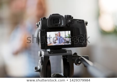 Mannelijke blogger home bloggen mensen video Stockfoto © dolgachov