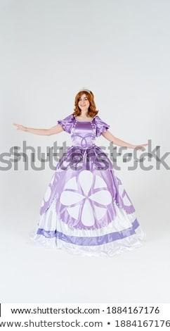 bonitinho · menina · roxo · vestir · isolado · branco - foto stock © elnur