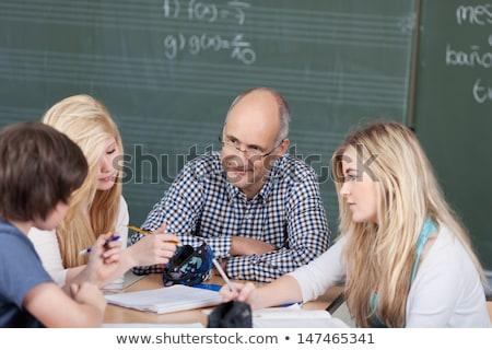 Jungen Hausaufgaben Schule Kinder Gruppe Stock foto © zurijeta