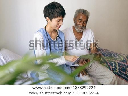 мнение азиатских женщины врач старший Сток-фото © wavebreak_media