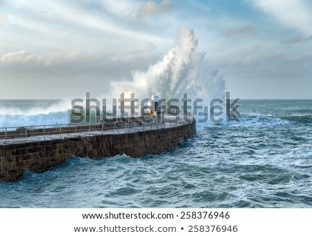 Pier plage rive vagues cornwall Angleterre Photo stock © latent