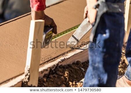 homem · fita · métrica · parede · lápis · trabalhador - foto stock © feverpitch