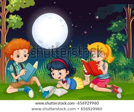 屋外 · 読む · 子供 · 実例 · 図書 · オープン - ストックフォト © colematt