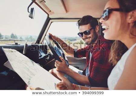 Glücklich Mann Frau Straßenkarte fahren Auto Stock foto © dolgachov