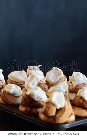 Fraîches cannelle Photo stock © StephanieFrey