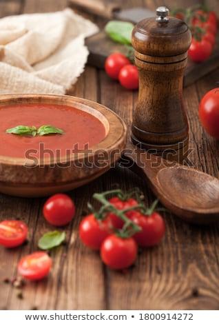 Placa cremoso sopa de tomate cuchara de madera pimienta Foto stock © DenisMArt
