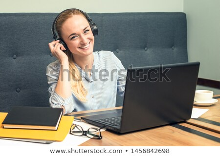 Young brunette telephonist Stock photo © photography33