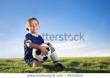 jongen · voetbal · poseren · gelukkig · kind · bal - stockfoto © goce