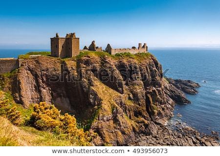 kastély · kő · kikötő · szirt · épület · tájkép - stock fotó © kaycee