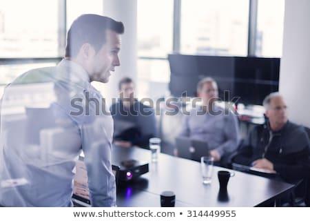 Działalności demonstracja biuro papieru tabeli obrotu Zdjęcia stock © photography33