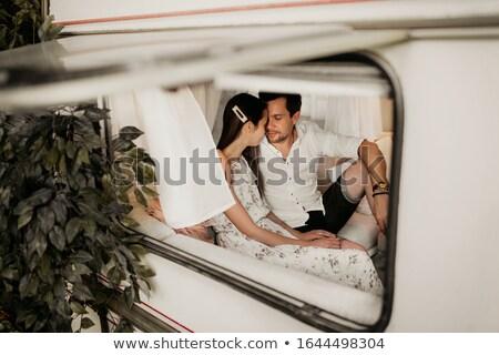 Jóvenes guapo tipo compañera lujo habitación Foto stock © konradbak