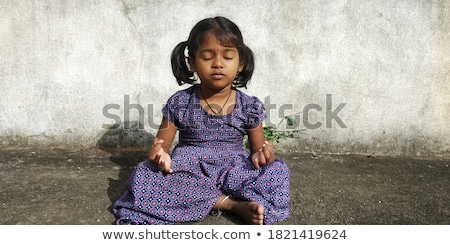 indian · fille · méditation · belle · jeunes · blanche - photo stock © ziprashantzi