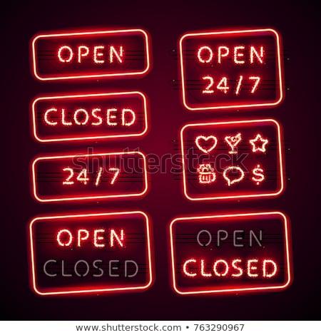 Izzó retro neon nyitva zárva feliratok Stock fotó © Voysla