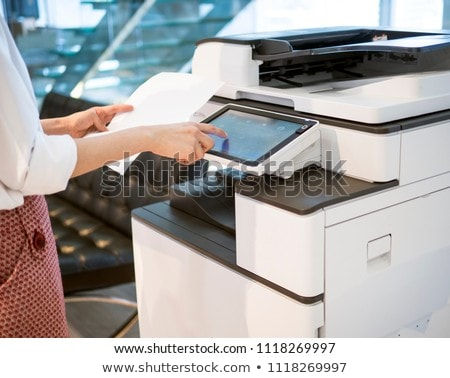 Zakenman printer kantoor foto jonge business Stockfoto © AndreyPopov