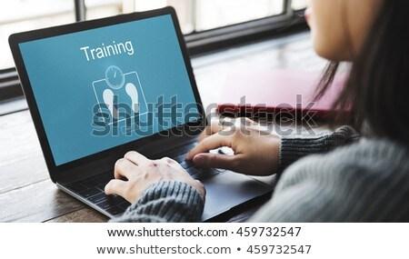 Fitness training werken laptop computer vrouw multitasking Stockfoto © Maridav
