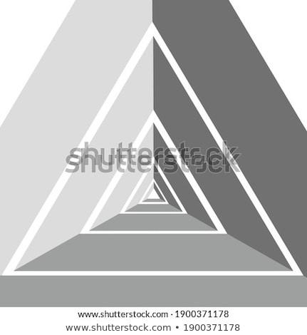 Bej 3D piramidă vector ilustrare izolat Imagine de stoc © cidepix