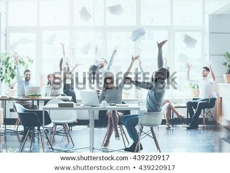 koffiepauze · kantoor · ontspannen · mensen · vector · vergadering - stockfoto © robuart