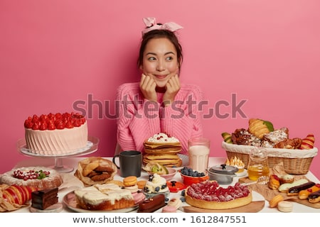 Asia · nina · comer · desayuno · retrato · feliz - foto stock © deandrobot