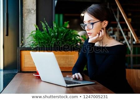 genç · güzel · kız · rapor · yalıtılmış · beyaz - stok fotoğraf © stockyimages