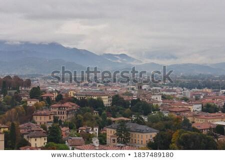 olasz · domb · város · távolság · jelenet · Toszkána - stock fotó © bigjohn36