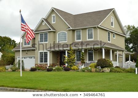 Podmiejski amerykańską flagę pływające sąsiedztwo ciężarówka gwiazdki Zdjęcia stock © dgilder