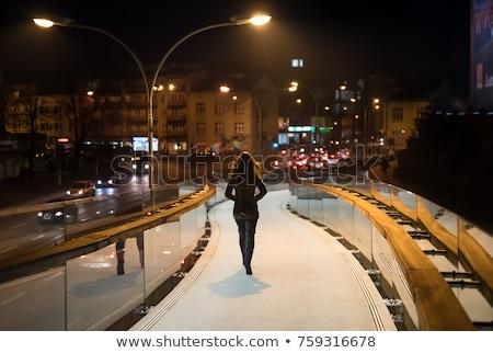 Jonge vrouw voetganger brug gebouw stad bouw Stockfoto © Paha_L