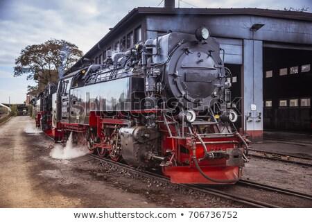 velho · retro · vapor · trem · pequeno · estação - foto stock © compuinfoto