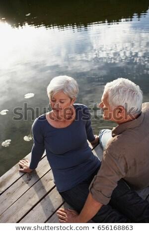 pareja · de · ancianos · sesión · lago · nietos · ninos · hombre - foto stock © is2