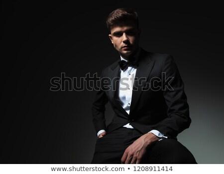Porträt entspannt eleganten Mann schwarz Smoking Stock foto © feedough