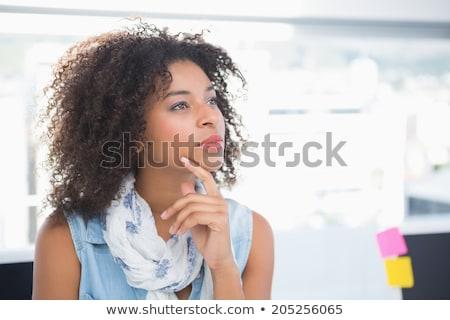 peinzend · zakenvrouw · vergadering · werkplek · portret · mooie - stockfoto © hasloo