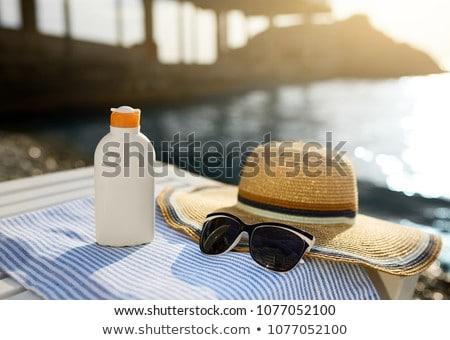 Nap elleni védelem tengerpart illusztráció üveg pálmafák nap Stock fotó © adrenalina