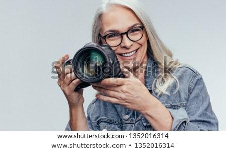 risonho · mulher · bonita · de · volta · cabelo - foto stock © wavebreak_media