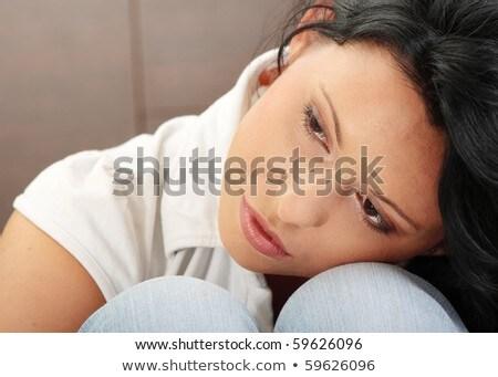bezorgd · bang · jonge · vrouw · vergadering · geïsoleerd · witte - stockfoto © ra2studio