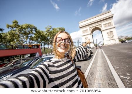 Paris · kadın · telefonu · kadın · konuşma · cep · telefonu - stok fotoğraf © adrenalina