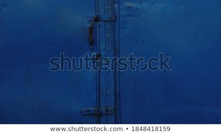 Mavi kapı parlak renkli Stok fotoğraf © trgowanlock