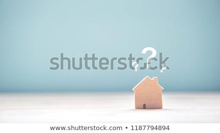 Ház modell kérdőjelek tükröződő asztal kicsi Stock fotó © AndreyPopov