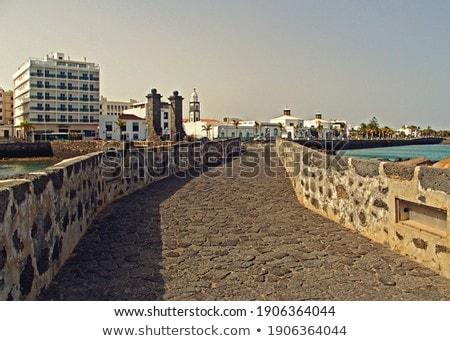 remo · barcos · castillo · puente · agua · hierba - foto stock © meinzahn