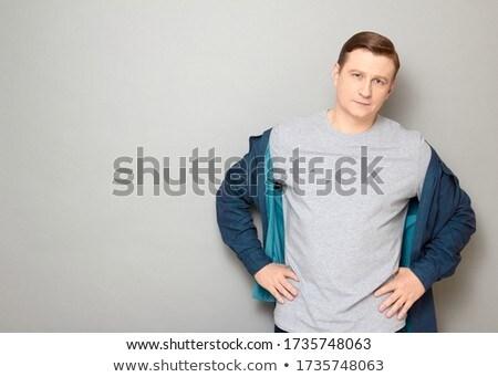 Uśmiechnięty blond człowiek shirt odizolowany biały Zdjęcia stock © d13