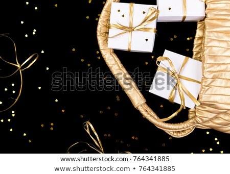 Blanche coffrets cadeaux or ruban pop sur Photo stock © Illia
