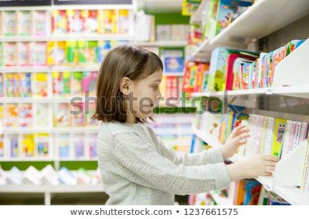 детей книжный магазин Focus девочку семьи девушки Сток-фото © Paha_L