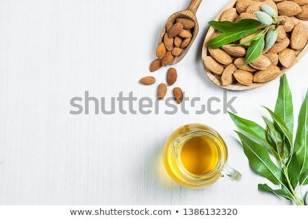 Stockfoto: Fles · vers · amandel · olie · amandelen · geïsoleerd