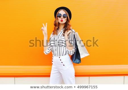 Stockfoto: Elegante · dame · oranje · boodschappentas · witte · vrouw