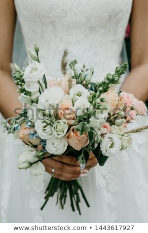 virág · egyezség · esküvő · fehér · lila · virágok - stock fotó © KMWPhotography