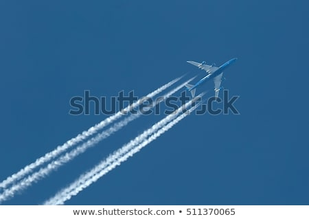 Jet vliegtuig uitputten blauwe hemel hemel Blauw Stockfoto © njnightsky